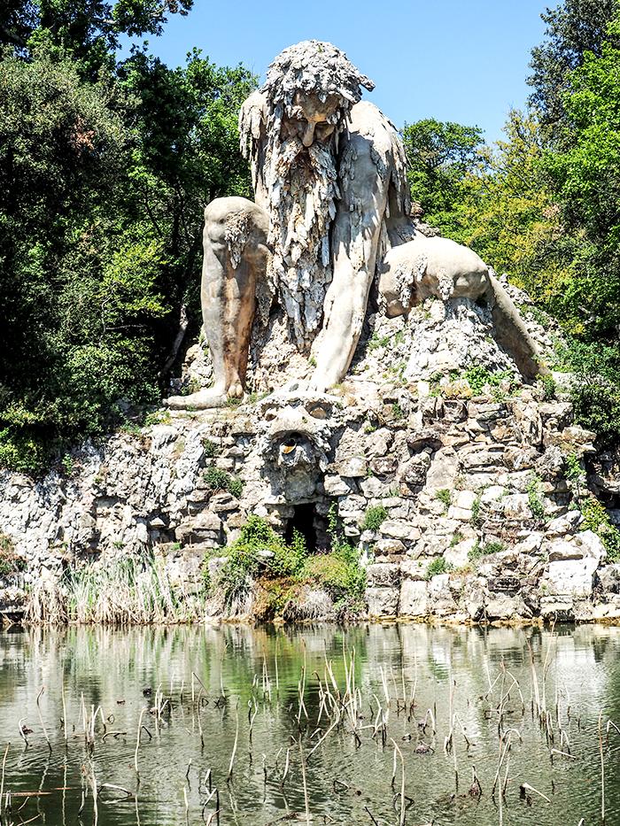 toscana-gigante-apenino-giant_apennino